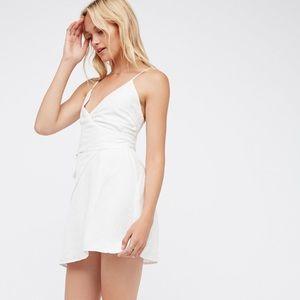 The Jetset Diaries Turismo White Linen Dress